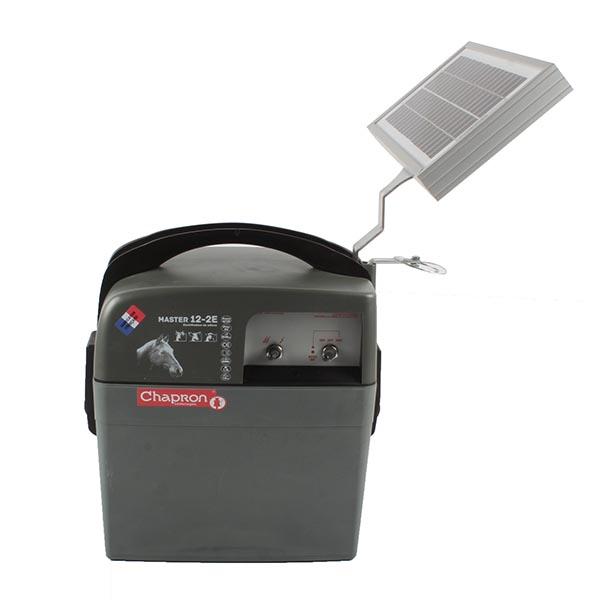 Poste de clôture MASTER 12 solaire 5W + batterie 50AH