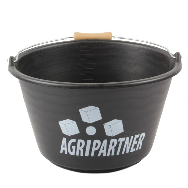 Seau plastique noir, 16 litres, avec poignée à l'anse, idéal pour tous les travaux de la ferme