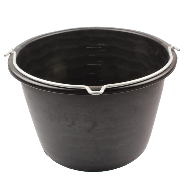 Seau plastique noir, 40 litres, anse ronde nue, idéal pour tous les travaux de la ferme